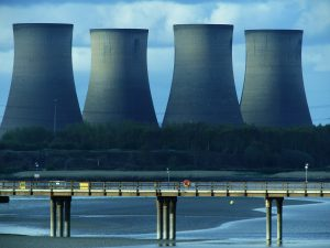 cooling-tower-1368823_1920